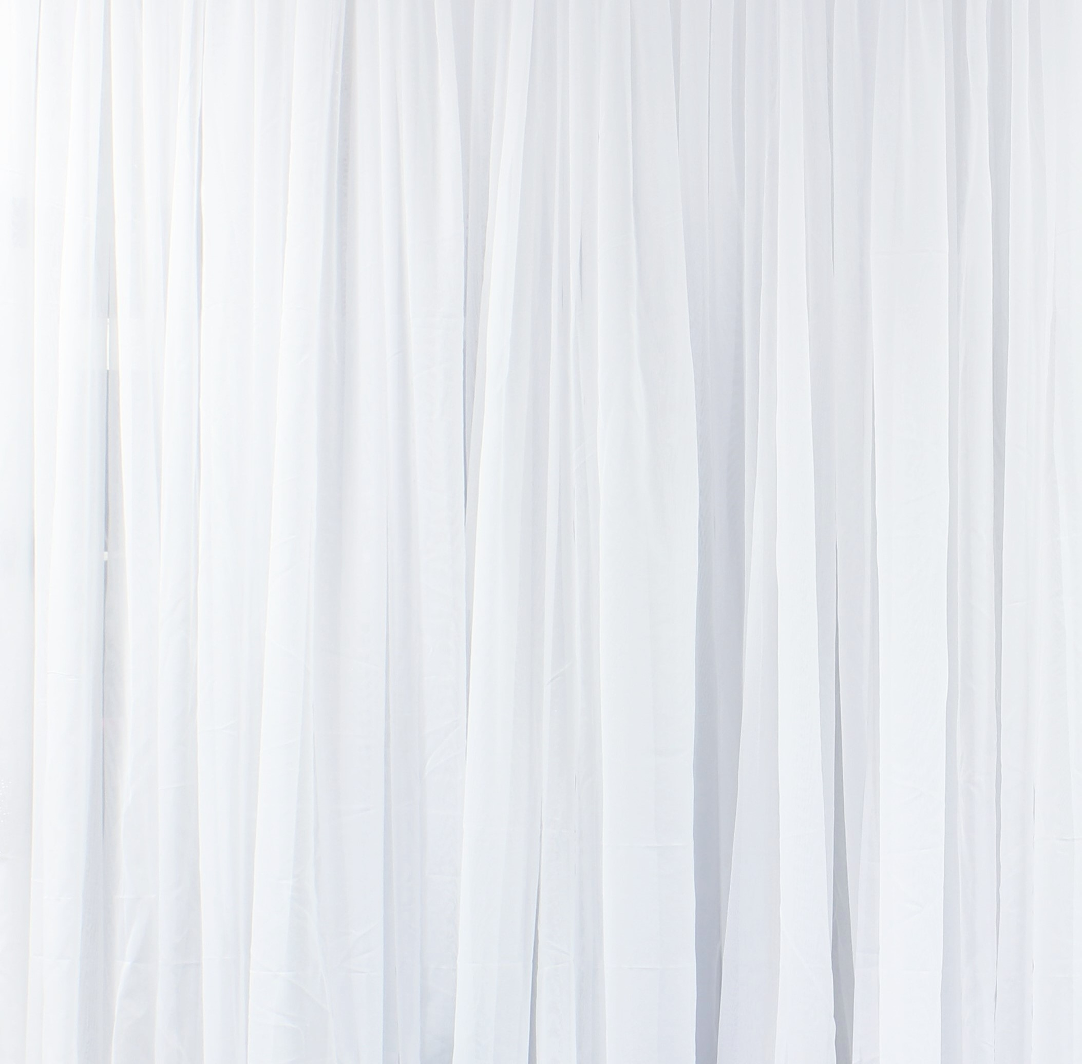 Sheer Curtain Backdrops Decorate The House With